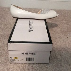 Nine West women's size 12 white flat open toe shoe